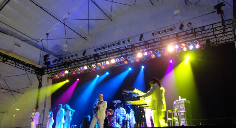 Smokey Robinson Band On Stage, Production by AV Vegas