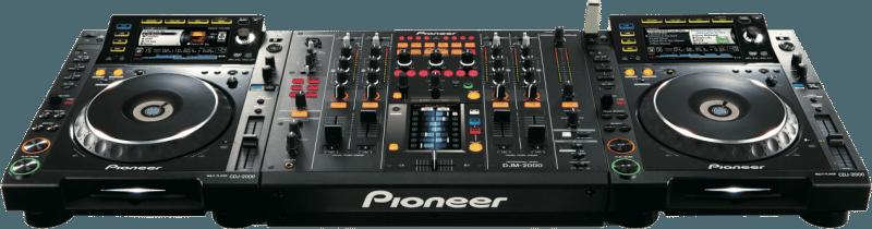2x Pioneer CDJ-2000's with a DJM-2000 mixer
