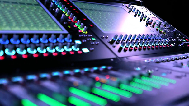 close up view of DigiCo SD12 console